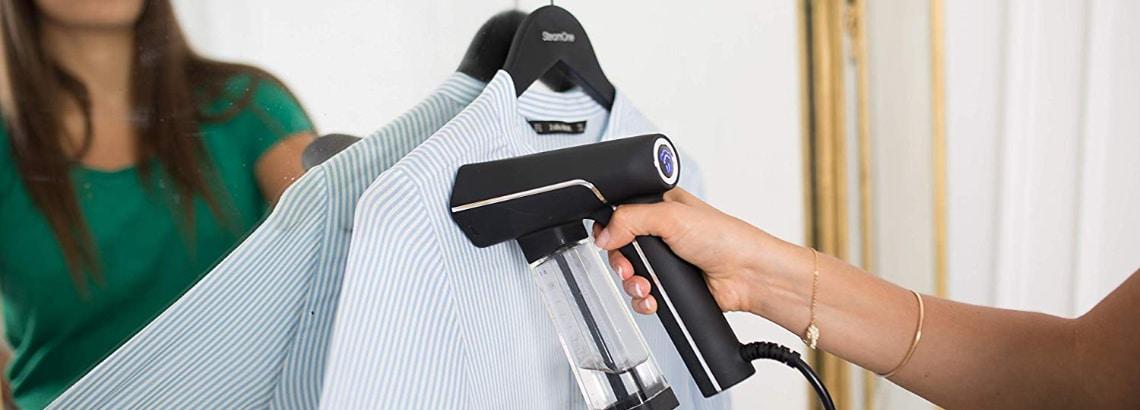 repasser une chemise avec un defroisseur
